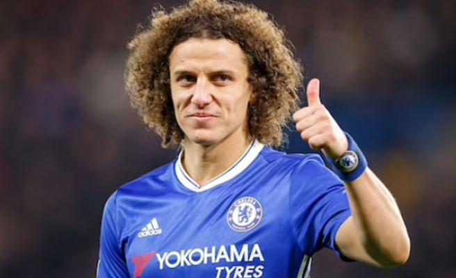 Chelsea, David Luiz ile sözleşme yeniledi