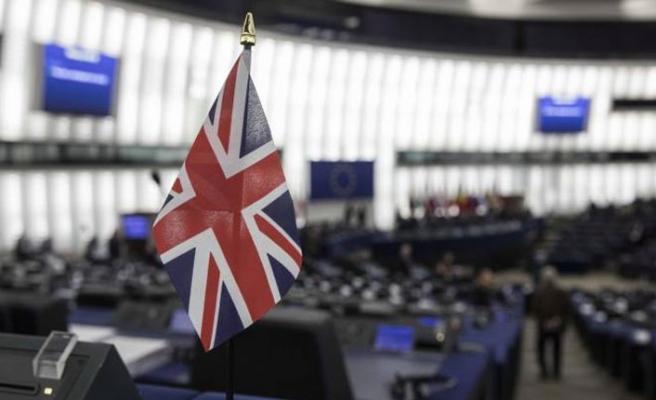 İngiltere'de AP seçimlerinde aşırı sağcılar önde
