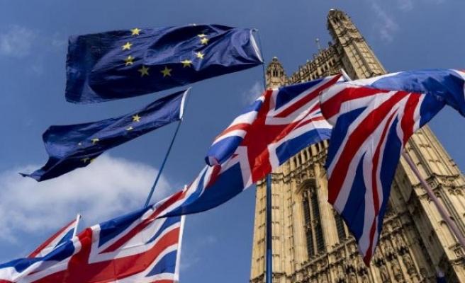 İngiltere'de partiler arası Brexit görüşmeleri çöktü