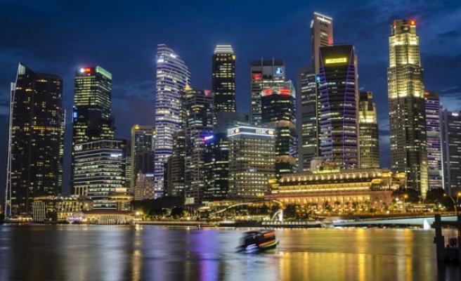 Singapur internette yalan haber yaymayı suç haline getirdi