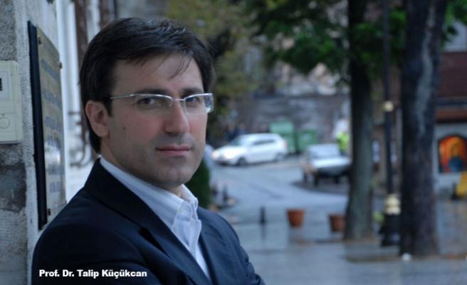Talip Küçükcan Rusya'da: konuştu: Dünya Avrupa ve Amerika'dan ibaret değil