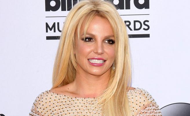 Britney Spears şişmanlığının faturasını onlara çıkardı