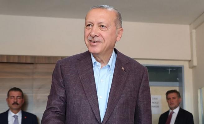 Cumhurbaşkanı Erdoğan'dan Ekrem İmamoğlu'na tebrik