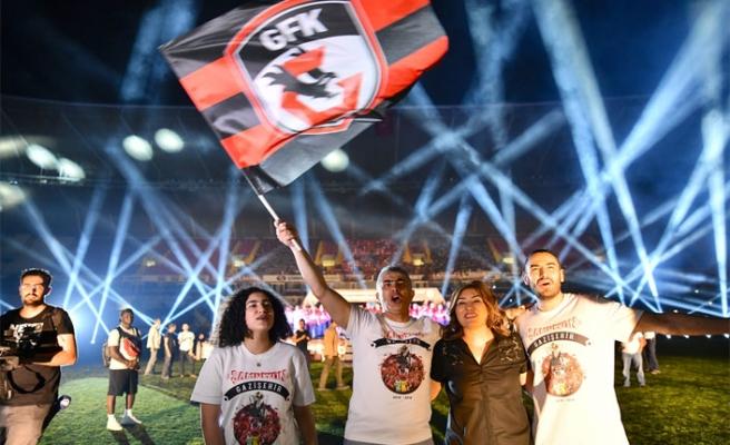 Gazişehir Gaziantep, şampiyonluk coşkusunu paylaştı