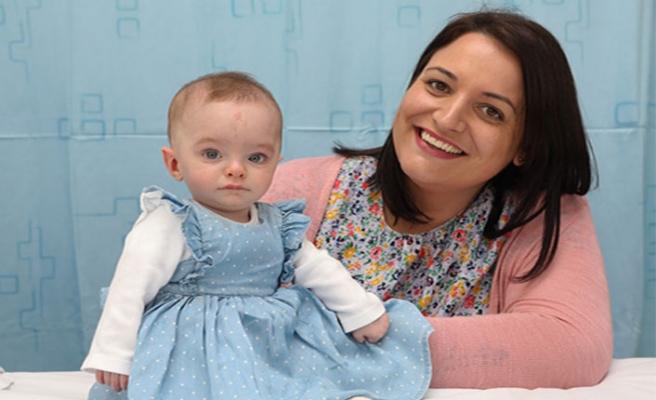 Laura Worsley, 13 kez düşük yaptıktan sonra anne oldu!