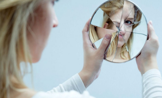 Sosyal medya baskısı gençleri botoksa yöneltiyor