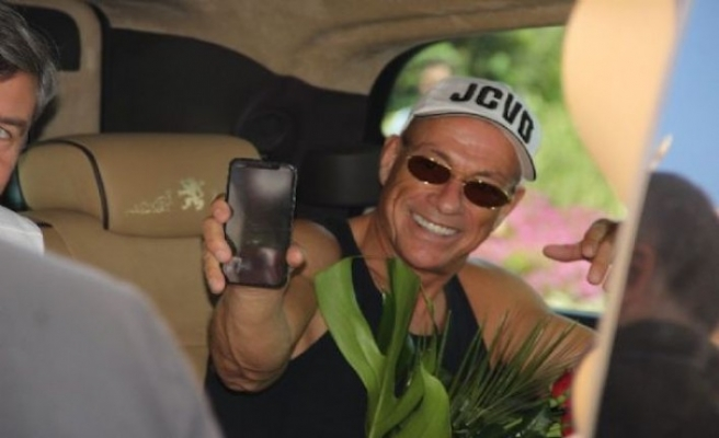 Jean Claude Van Damme'ın ilk isteği şaşırttı