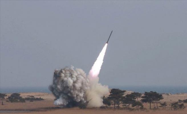Kuzey Kore 'farklı tipte' iki balistik füze denedi