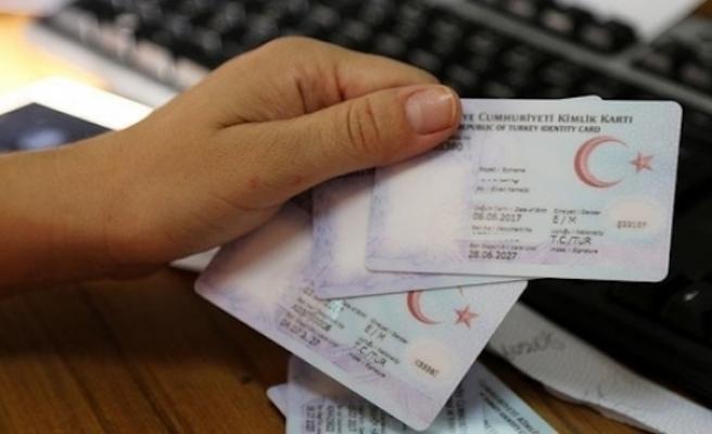 Yabancı yatırımcılardan 981'i Türk vatandaşı oldu
