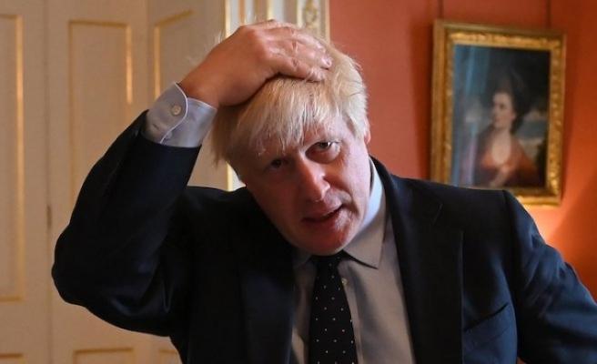 'Boris Johnson editörken gazetecinin baldırını sıktı' iddiasını yalanladı