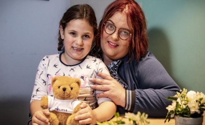 Hollanda'da 5 yaşındaki çocuk annesinin hayatını kurtardı