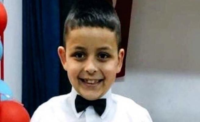8 yaşındaki çocuk kalp krizi geçirip hayatını kaybetti