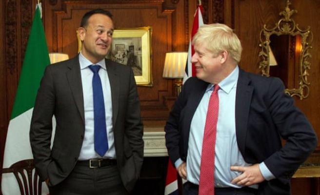 Boris Johnson ile İrlandalı mevkidaşı Leo Varadkar Brexit'i konuştu