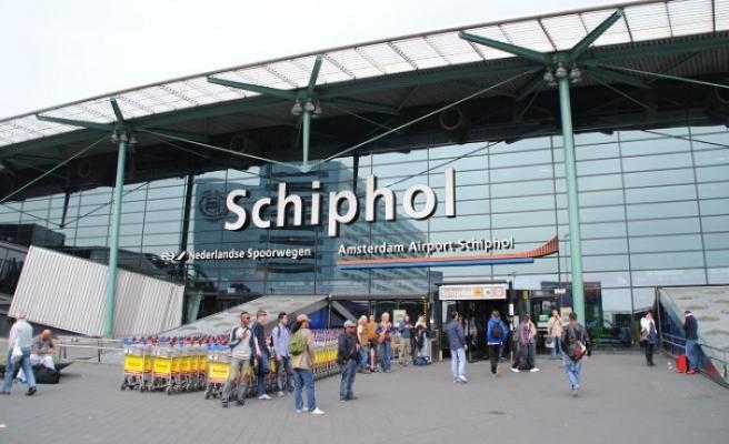Hollanda'da paniğe neden olan uçakta yanlış alarm