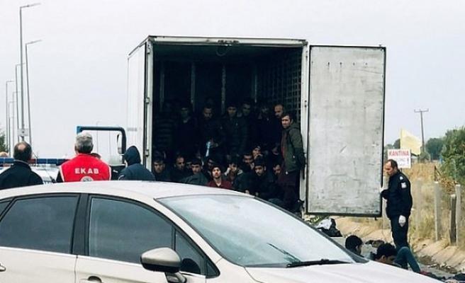 Türkiye'den gönderilen donduruculu tırda 41 mülteci bulundu
