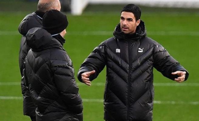 Arsenal'da teknik direktörlüğe Arteta getirildi