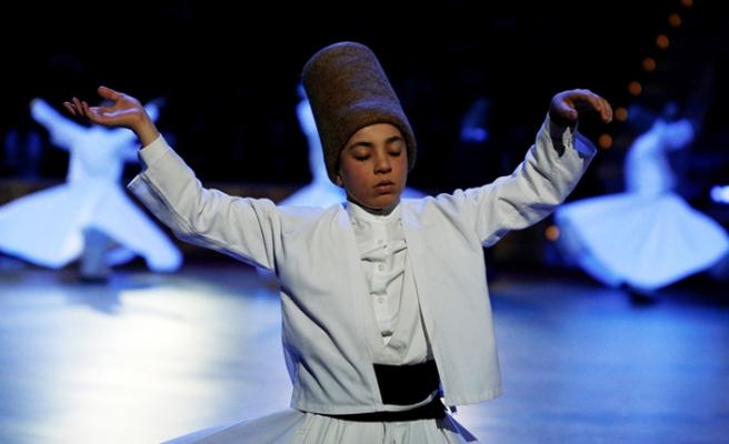 Farklı Din ve Kültürlerin 746. Mevlana Buluşması