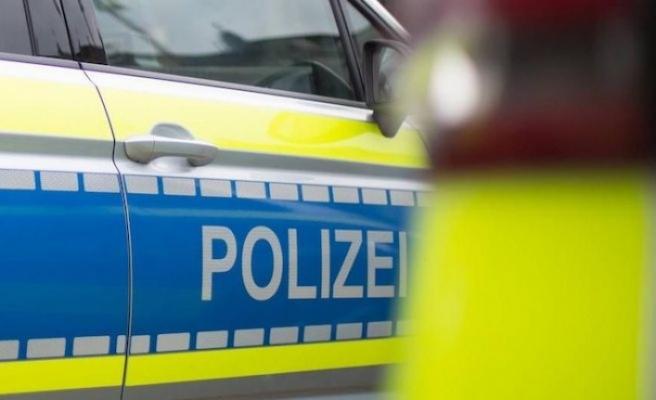 Almanya'da polise bıçakla saldırmaya çalıştığı iddiasıyla Türk öldürüldü