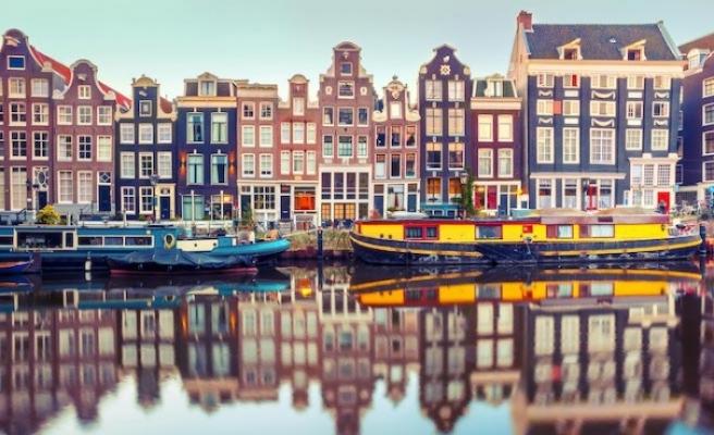 Amsterdam'da turistlere yeni vergi