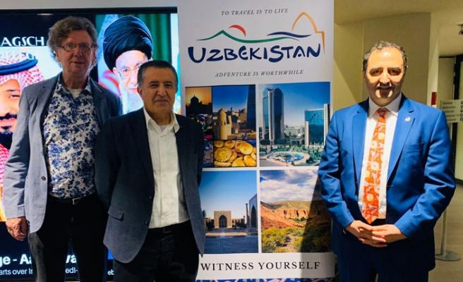 Hollanda'da Özbekistan'a İlgi Artıyor