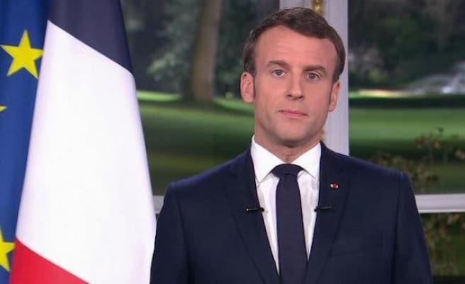 Macron'dan yeni yıl mesajında emeklilik reformu açıklaması
