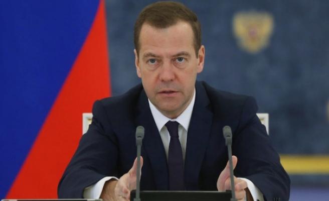 Rusya'da Dmitriy Medvedev hükümeti istifa etti