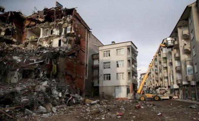 Elazığ'da 3200 bina yıkılacak