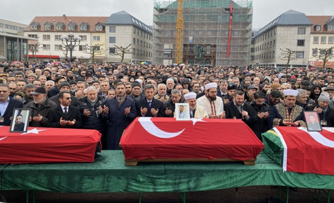 Hanau'daki ırkçı terör kurbanları için cenaze töreni