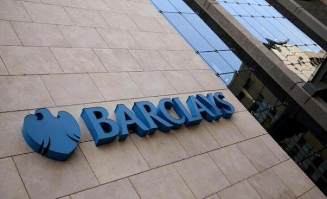 Barclays petrol fiyatları tahminini 12 dolar düşürdü
