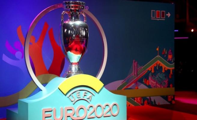 EURO 2020, koronavirüs yüzünden 1 yıl ertelendi