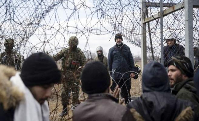 Yunanistan, sınırı geçen 66 göçmeni gözaltına aldı