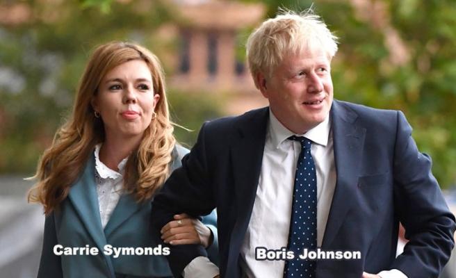 Boris Johnson'ın Nişanlısı Symonds da Koronavirüslü