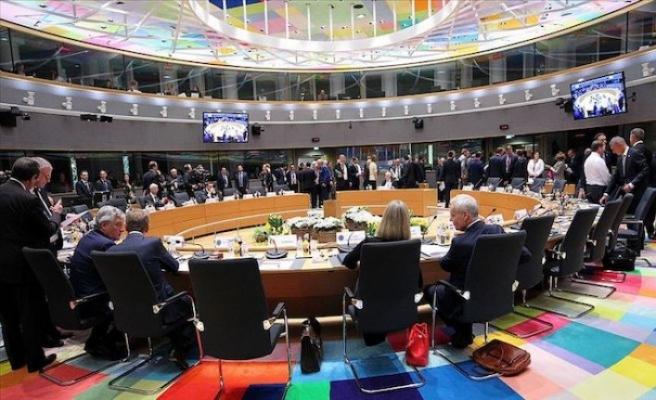 AB Liderleri Brüksel'de Bir Araya Geldi