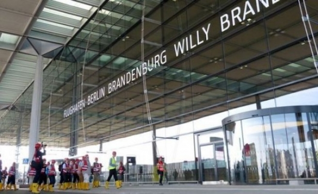 Berlin-Brandenburg Havalimanı'nın açılışı için son hazırlıklar tamamlanmak üzere