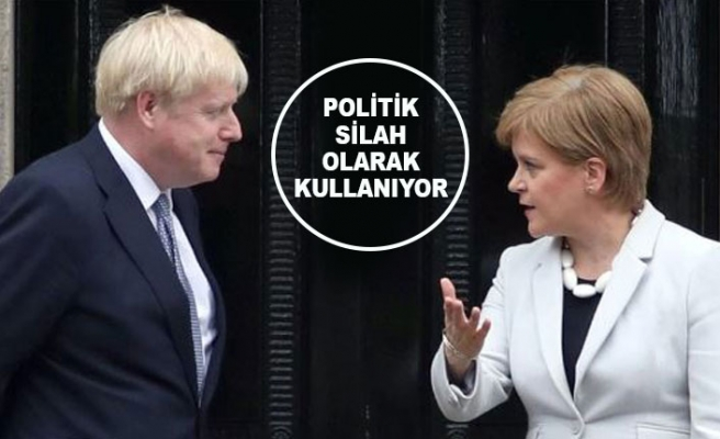 İskoç Liderden Johnson'a Kovid-19 Tepkisi