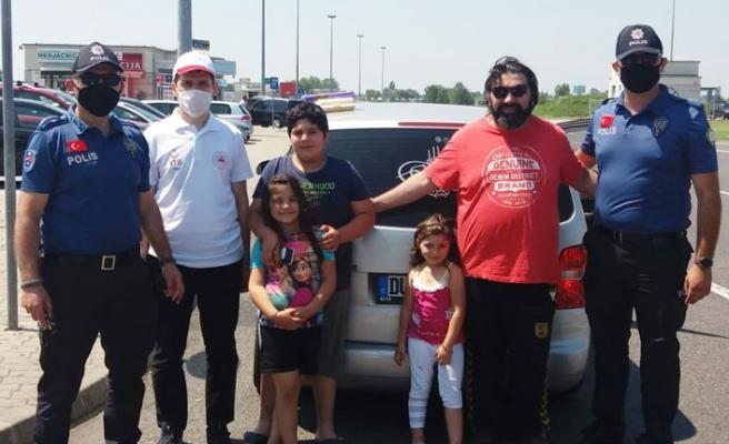 Memleket Yoluna Çıkan Vatandaşları YTB Sırbistan'da Karşılıyor