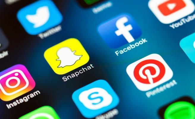 Sosyal Medyaya Kanuni Düzenleme Getirildi