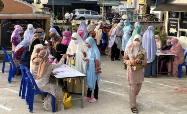 Sri Lanka'da Covid-19'dan ölen Müslümanlar zorla yakılıyor