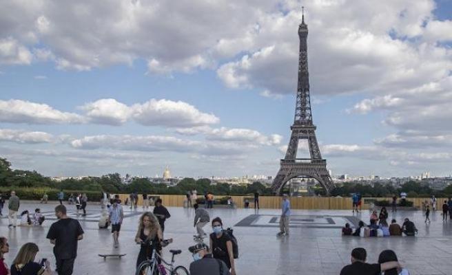Fransa'da maske zorunluluğu uygulanan bölge genişliyor