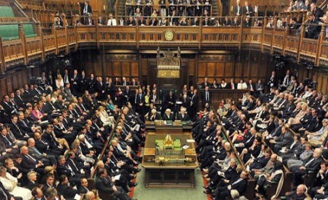 AB'nin karşı çıktığı tasarıya İngiliz Parlamentosu'ndan onay