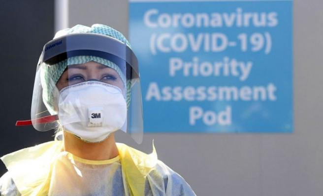 İngiltere'de Koronavirüs Vaka Sayısı Tırmanışta