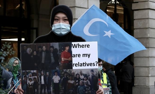 Çin'e, Ulusal Günü'nde Londra Protestosu