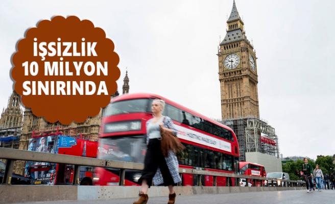 İngiliz Ekonomisinin Ağustosta Hızı Kesildi
