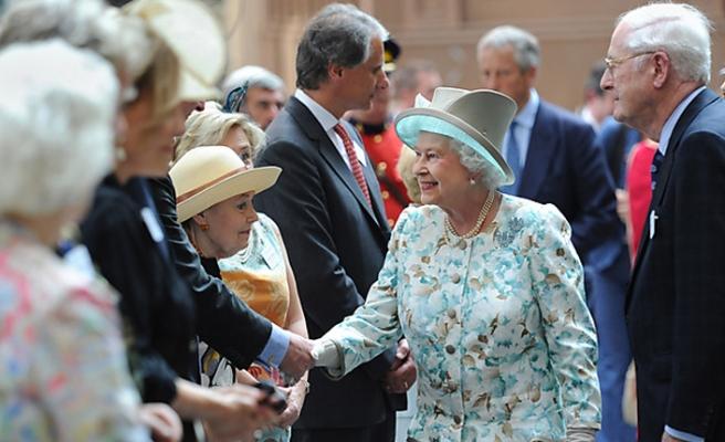 Kraliçe Elizabeth Etkinlikleri İptal Etti