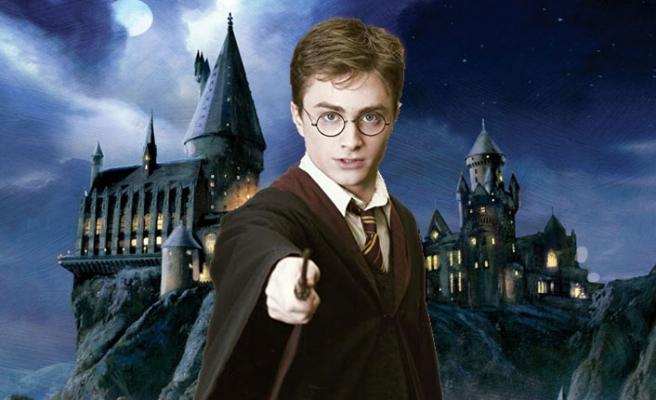 """Harry Potter Kalesi İçin """"Sihirbazlar"""" Aranıyor"""