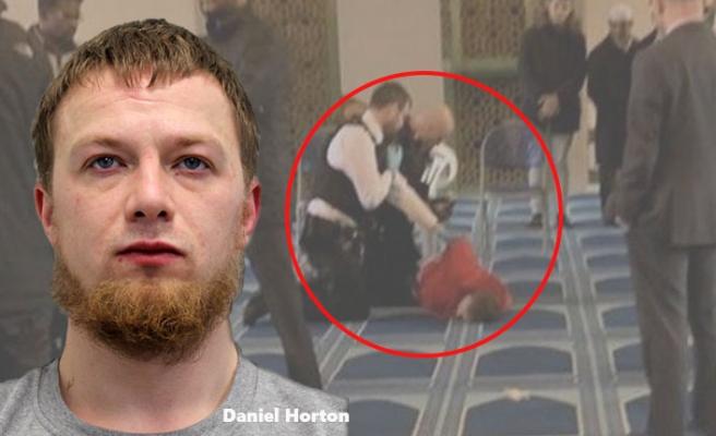 Londra'da Müezzini Bıçaklayan Saldırganın Cezası Belli Oldu