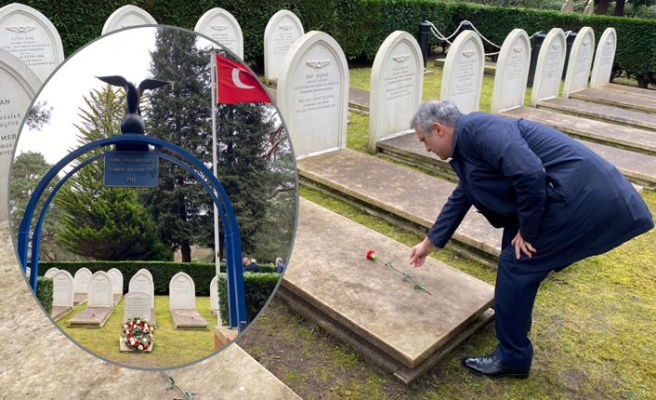 Çanakkale Şehitleri Londra'da, Türk Hava Şehitliği'nde Anıldı