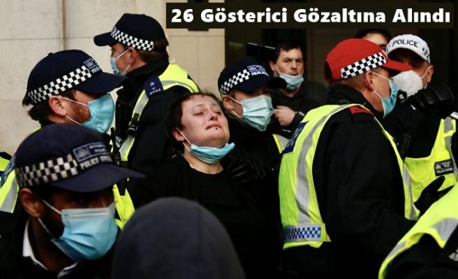 Londra'da, Polise Yetki Veren Tasarıyı Protestoda Çatışma Çıktı