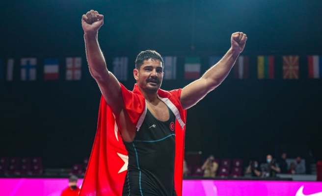Taha Akgül, 8. Kez Avrupa Şampiyonu Oldu