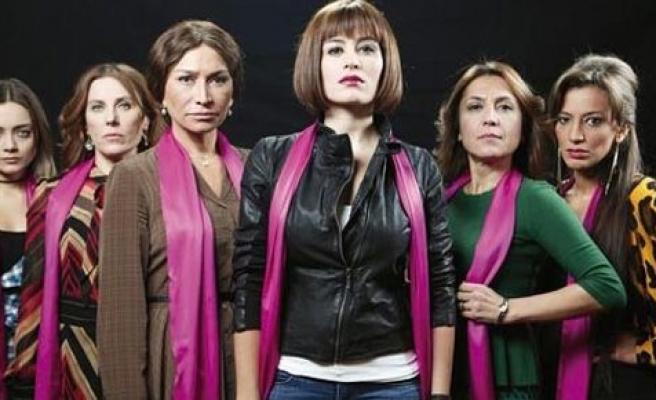 Altı kadın üstü şiddet